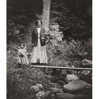 Kate and Rachel VanDerZee, Lenox, Massachusetts, from the James VanDerZee: Eighteen Photographs portfolio